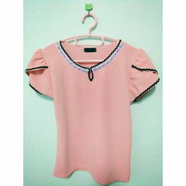 ขาย เสื้อทำงานผู้หญิง สีชมพู ผ้าเนื้อดีมาก ในราคา ฿199 ซื้อได้ที่ Shopee ตอนนี้เลย!https://shopee.co.th/spimapae/165761972/  #ShopeeTH