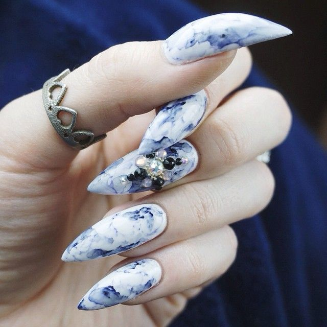 Marbled stiletto nails