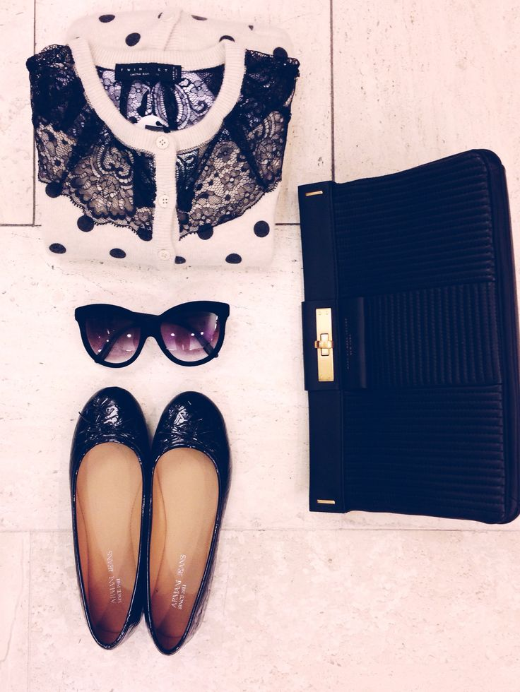 sweater - twin set sunglasses- italiaindependent bag- marcbymarcjacobs shoes- twinset
