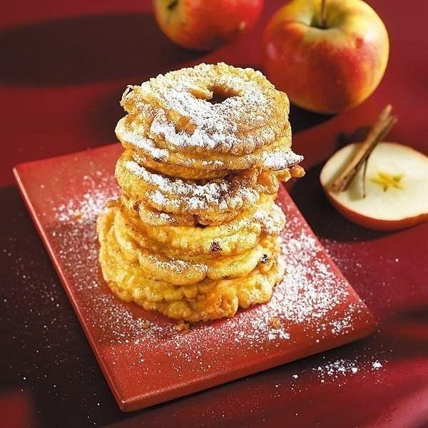Яблочные кольца с медом, изюмом и орехами / Удивительная еда!