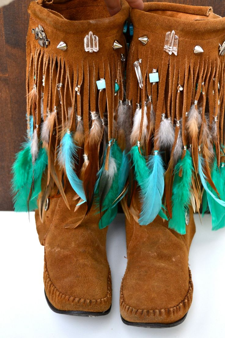 Best 25  Moccasins ideas on Pinterest | Native boots, Moccasin ...