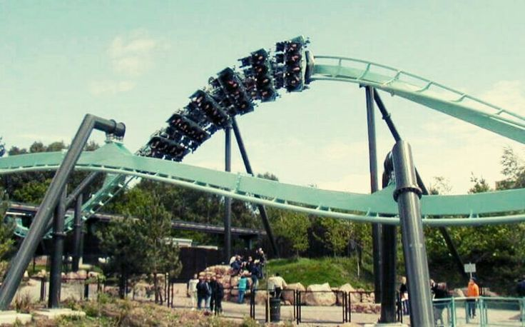 Galactica  (formerly Air) - Alton Towers - UK - (2002) - Steel Coaster