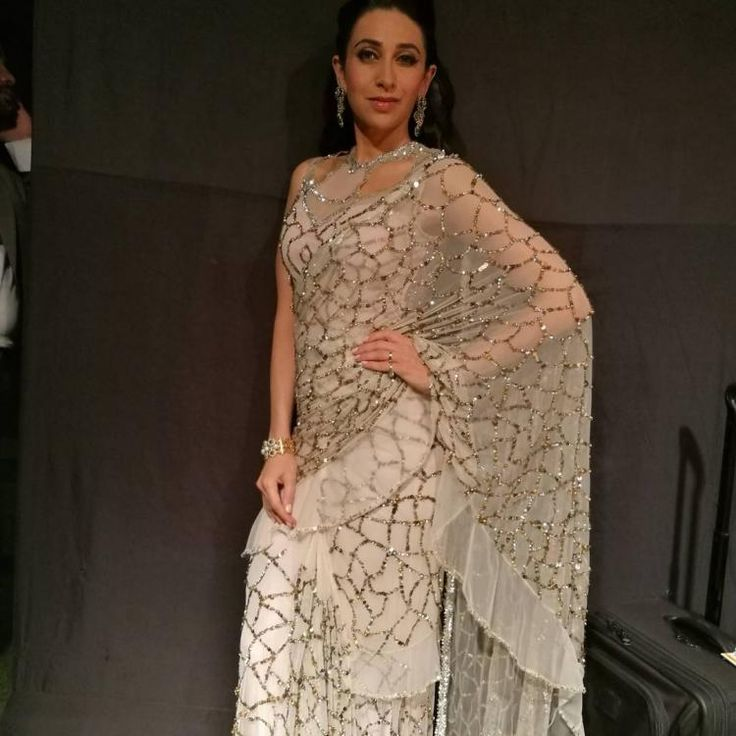 Karisma Kapoor has been aging like fine wine. The actor looks prettier as the days go by. Her Instagram is filled with awe-inspiring pictures of hers...