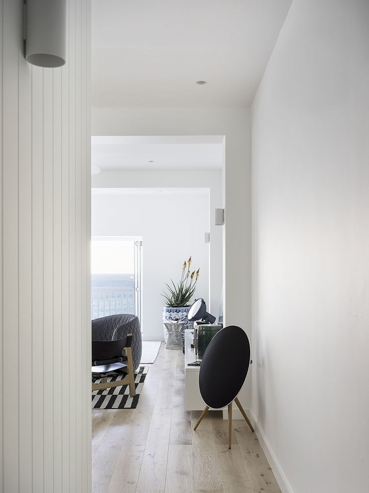 Floors and wood panelling -Alexandra Donohoe and her design team at Decus Interiors reveal their latest project to be shot for Est, a beautiful apartment in Sydney's Tamarama Beach.