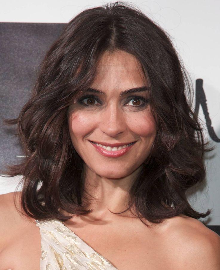 hairstyles medium length wavy older women