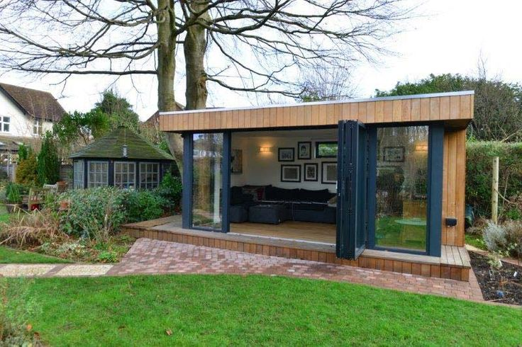 Contemporary garden office bifold doors studio for Garden office ideas uk