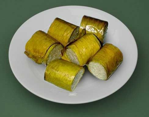 Nasi Jaha Manado (Ginger Rice Cooked in Bamboo)