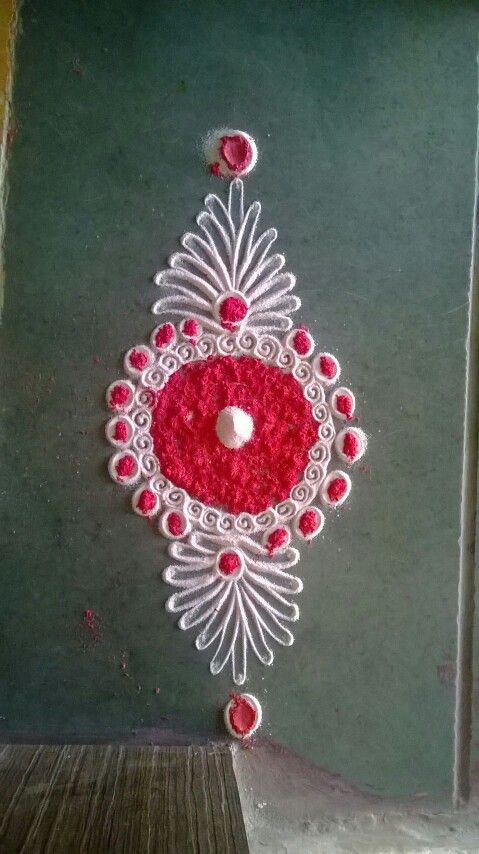 Must try use pencil to draw design in rangoli