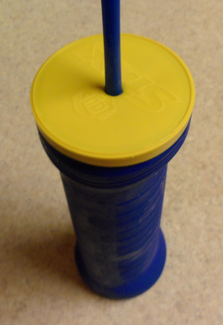 Recycling a Lays Stax container into a drink bottle..Great idea for the beach..