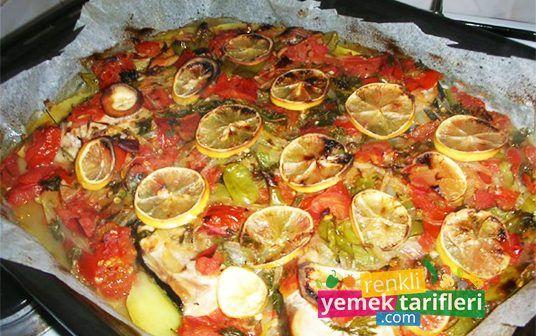Fırında Palamut Tarifi fırında palamut tarifi,balık tarifleri,balık nasıl yapılır,palamut tarifi,fish recipe http://renkliyemektarifleri.com/firinda-palamut-tarifi