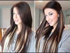 Dark brown hair with blonde highlights underneath<3 And highlight with extensions for no damage healthy blonde ! I wannnnt my hair like this !