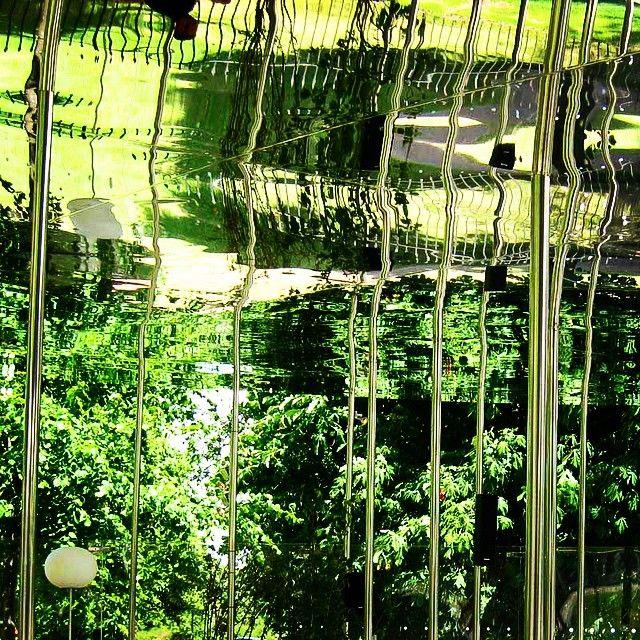 Reflections - SAANA's 2009 @serpentineuk pavilion.  #creativemanufacture  #creativeconstruction