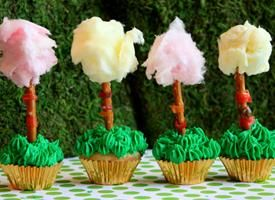 Lorax Truffala Trees Cupcakes: does it GET cuter, with the cotton candy fluff?