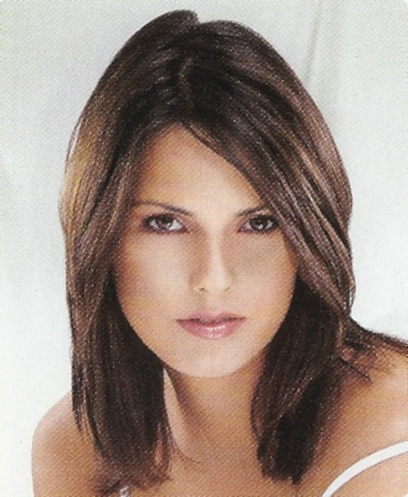 Cute Mid Length Layered Hairstyle