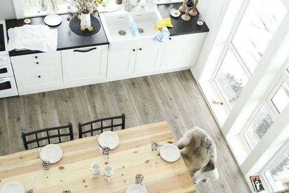 Kjøkkenbord i villmark, hjemmelagd