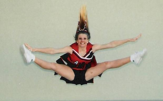 Check out all of the tips on how to improve your toe touch cheerleading jump! http://CheerleadingInfoCenter.com