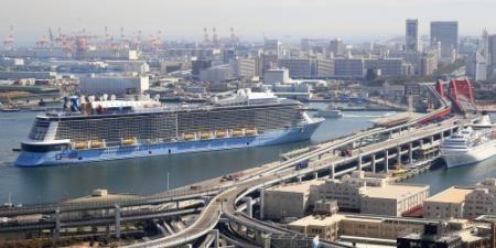 アジア最大の客船「クァンタム・オブ・ザ・シーズ」(16万8666トン)が17日、 - Yahoo!ニュース(神戸新聞NEXT)