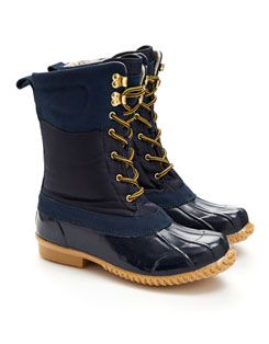 CARRICK Womens Muck Boot  these are soooo comfy i love mine
