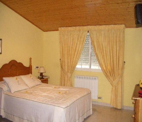 http://es.1000apartamentos.com/Pontevedra/Sanxenxo/Apartamentos/Atico--nbspacojedor---Sanxenxo--nbsp/465626