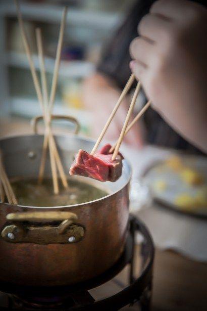 Panier de Saison » Fondue Bourguignonne, comment la préparer, quels ingrédients choisir, 3 sauces et la garniture gourmande