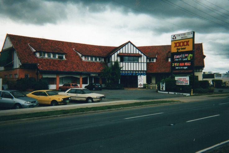 Country Club Hotel, Strathpine (now demolished)