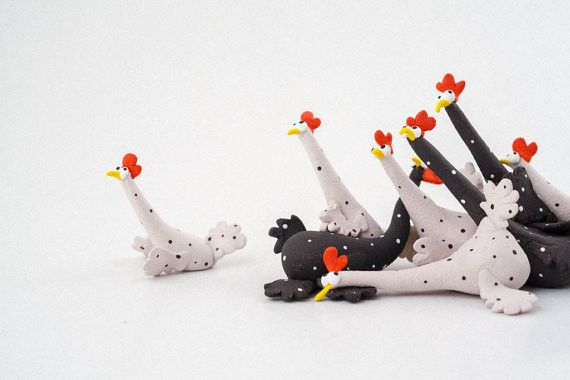 "Ceramic – Stoneware Sculpture ""Chickens Panic Attack""  – a unique product by AnaBossa on DaWanda"