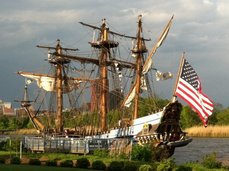 Kalmar Nyckel - One of America's pioneering colonial ships. The original Kalmar Nyckel sailed from Sweden to the Colony of Sweden, present day Wilmington, in 1638. Today, this ships offers public tours as well as sailing opportunities from May through October.