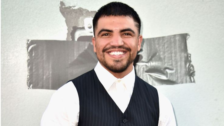 EXCLUSIVE: Boxer Victor Ortiz Expecting First Child With Girlfriend Deborah
