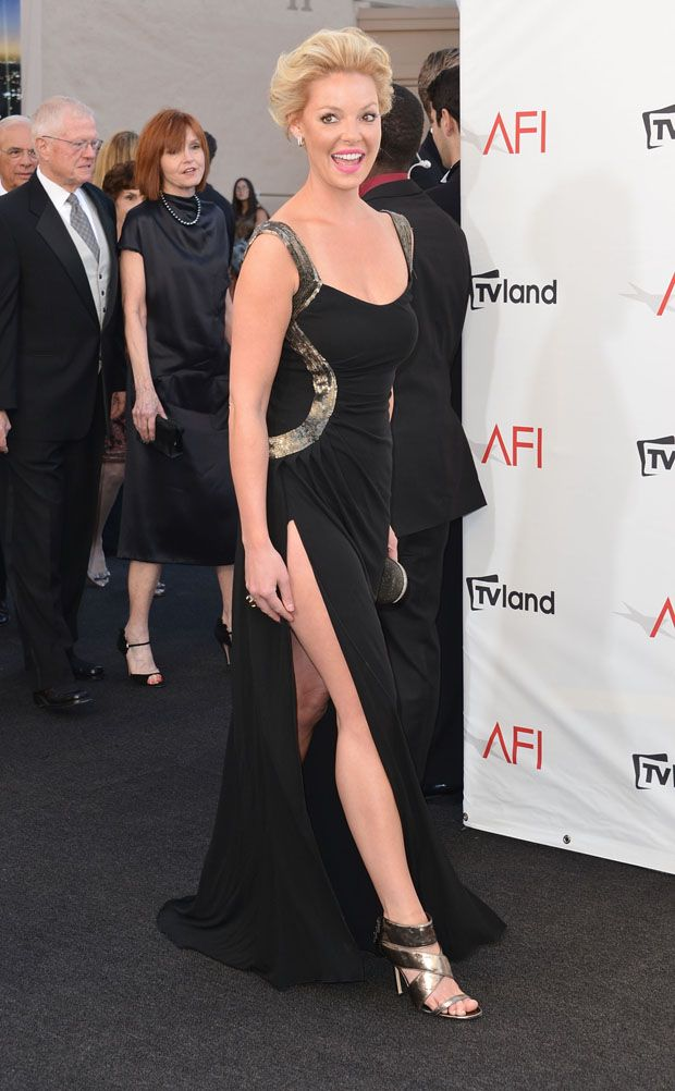 Katherine Heigl- 40th AFI Life Achievement Award Honoring Shirley MacLaine. WTF is up with her hair?