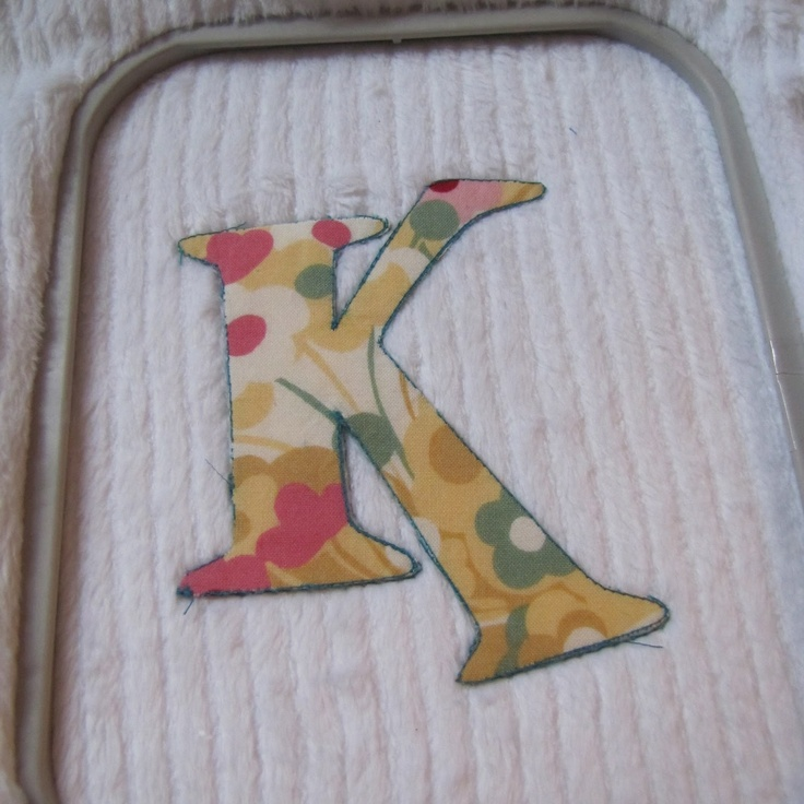 Great machine applique tutorial using sewing