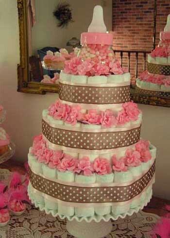 Torta de pañales para baby shower: Baby Shower Cakes, Baby Shower Ideas, Diapercake, Cakes Baby, Girls Diapers Cakes, Diaper Cakes, Baby Shower Gifts, Baby Bottle, Baby Shower