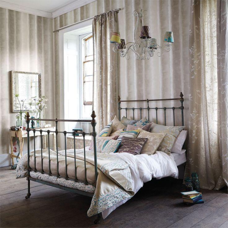 M s de 25 ideas incre bles sobre papel pintado rayas en - Dormitorios pintados a rayas ...