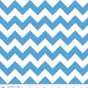 Riley Blake Designs - Flannel Basics - Medium Chevron in Medium Blue