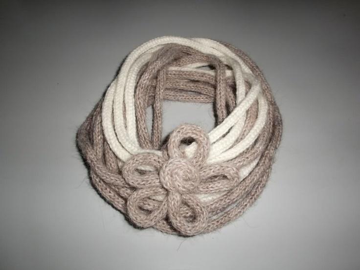 scaldacollo con maglia tubolare