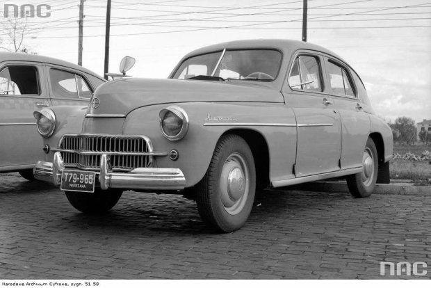 Znalezione obrazy dla zapytania samochody z lat 50