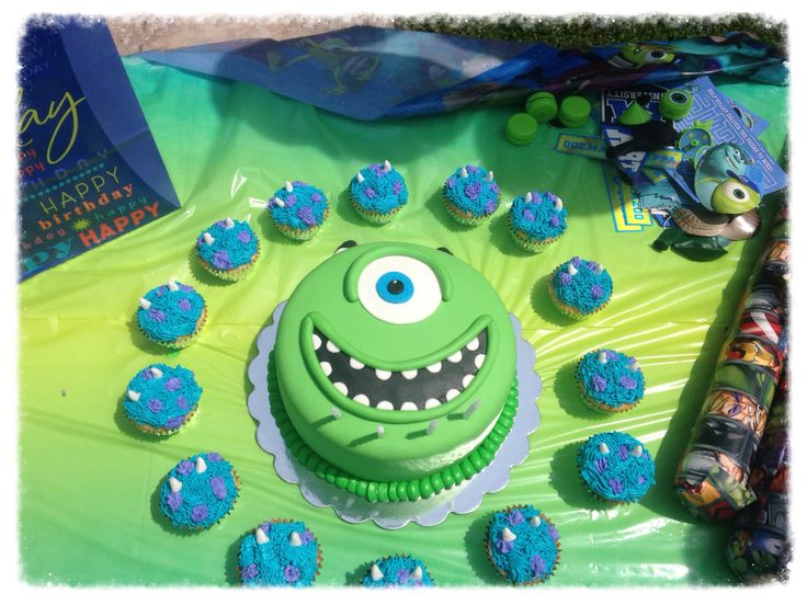 Monsters inc.- marshmellow fondant Mike Wazowski and buttercream Sully cupcakes for twin nephews 4th birthday!