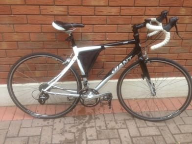 Giant SCR 4 road bike for sale - Giant SCR 4 Road racing bike for sale.  Recent fully serviced bik...