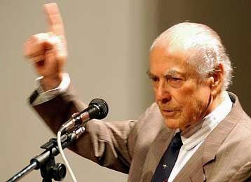 Discurso de Leonel Brizola, lido por Cid Moreira no Jornal Nacional, da Rede Globo, em 1992. http://discursostranscritos.blogspot.com/
