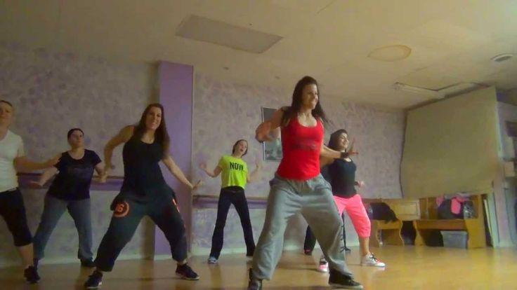 GetYourFitOnWith Tara Dance Fitness - Bail Ke Yes (Feat Logobi Gt) Hi En...