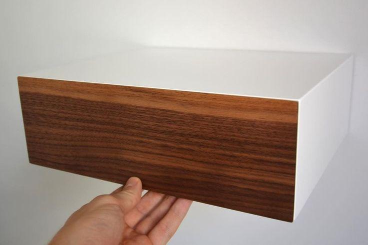 """12 kedvelés, 1 hozzászólás – MyBetterShelf (@mybettershelf) Instagram-hozzászólása: """"Minimalist floating nightstand with walnut drawer www.mybettershelf.com #minimalist #floating…"""""""