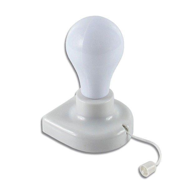 Com a Instabolb você consegue iluminar até mesmo os cantinhos  mais escuros dos seus armários e closet, e ainda pode levar luz para onde quiser.