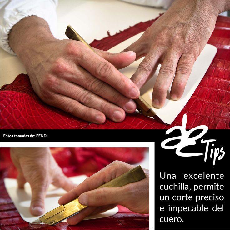 Tip: Una excelente #Cuchilla permite un corte preciso e impecable del #Cuero. #ABCHerrajes #ABCTips #Herramientas Twitter: @abcherrajes Instagram: @abcherrajes Facebook: abcherrajes Pinterest: abcherrajes