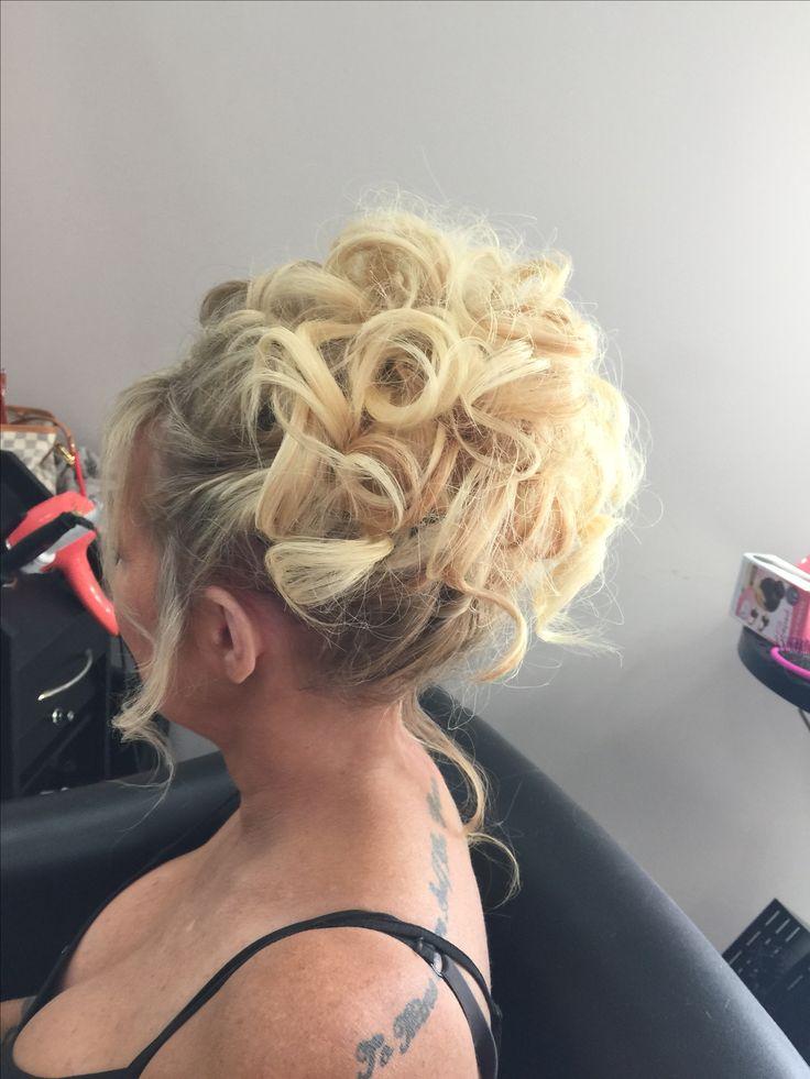 Best 25 Fine Hair Updo Ideas On Pinterest Updos For
