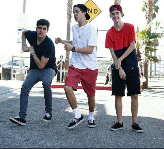 Jack Gilinsky, Matthew Espinosa, Jack Johnson. one word to describe these guys... CUTIES