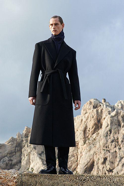 カルヴェン 2015,16年秋冬メンズコレクション , ロマンチックスタイルに80年代のエッセンスを