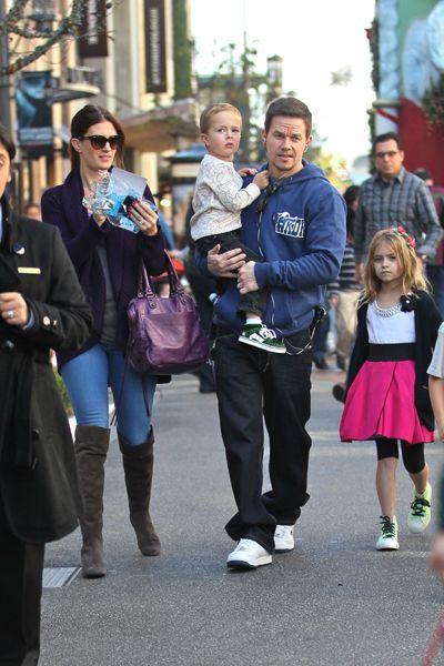 Cute dad alert! Mark Wahlberg takes his kids to Santas House