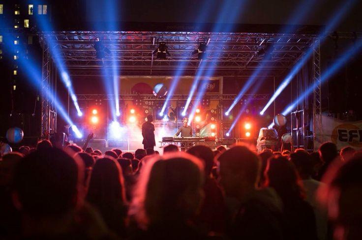 Erasmus universiteit festival 2500 gasten
