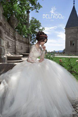 """Пышное свадебное платье с эффектом кружевного тату на """"голом теле"""""""
