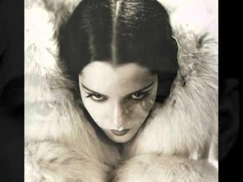 Latvijan tango: Marek Weber's Tanz-Orchester - Dark Eyes, 1931