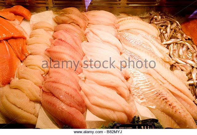 Featuring salmon petrale sole red snapper dover sole cod and smelt - Stock Image